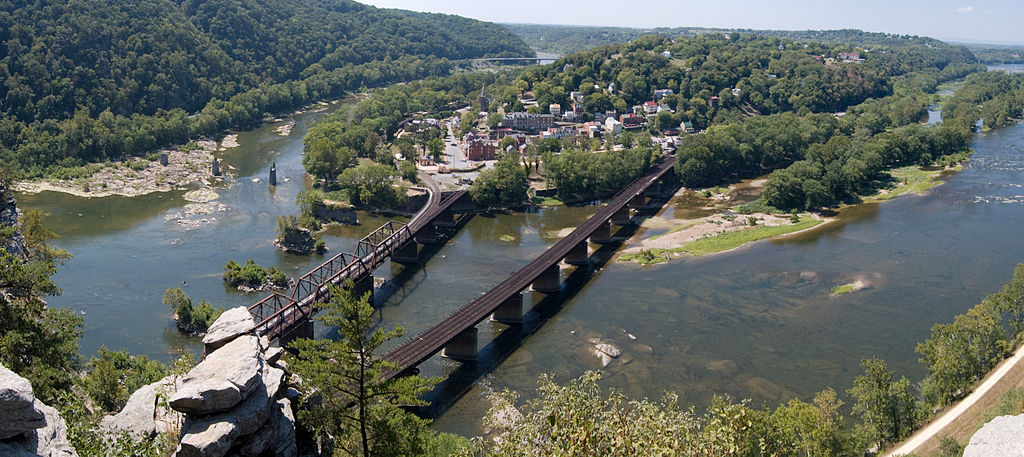 Harpers-Ferry-From-Maryland-Heights-Panorama-Crop